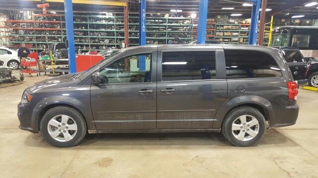 2015 Dodge Grand Caravan SXT 4dr Mini-Van - Appleton WI