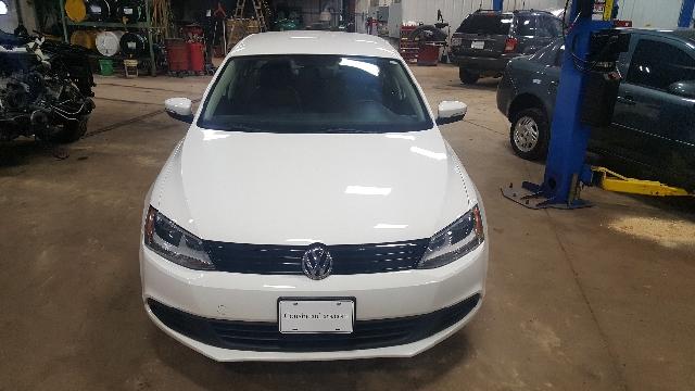 2012 Volkswagen Jetta SE PZEV 4dr Sedan 6A - Appleton WI