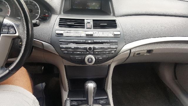 2010 Honda Accord EX-L V6 4dr Sedan - Appleton WI