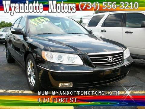 2007 Hyundai Azera for sale at Wyandotte Motors in Wyandotte MI