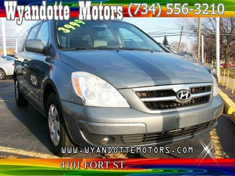 2007 Hyundai Entourage for sale at Wyandotte Motors in Wyandotte MI