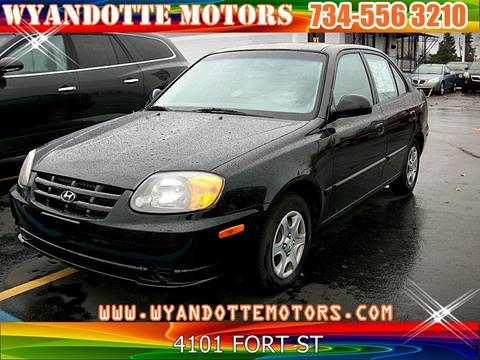 2005 Hyundai Accent for sale in Wyandotte, MI