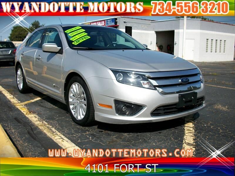 2010 Ford Fusion Hybrid for sale at Wyandotte Motors in Wyandotte MI
