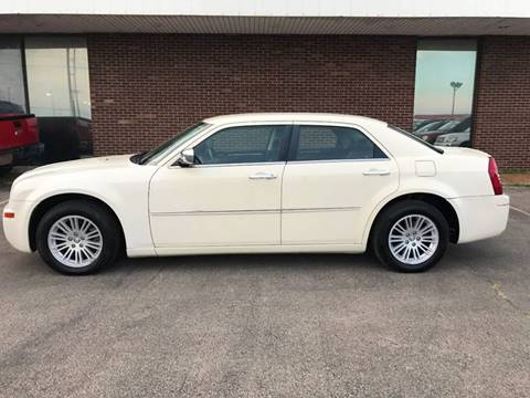 2010 Chrysler 300 for sale in Springfield, IL