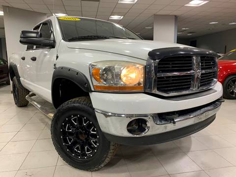 2006 Dodge Ram Pickup 2500 SLT for sale at Auto Mall of Springfield in Springfield IL
