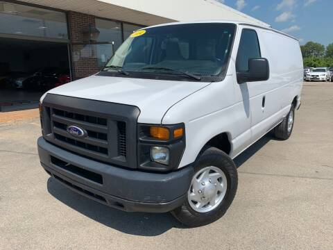 2014 Ford E-Series Cargo for sale at Auto Mall of Springfield in Springfield IL