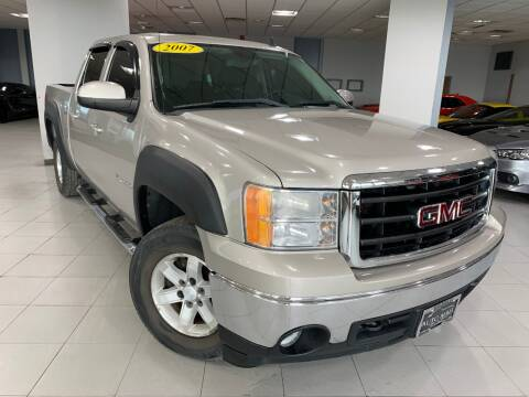 2007 GMC Sierra 1500 for sale at Auto Mall of Springfield in Springfield IL