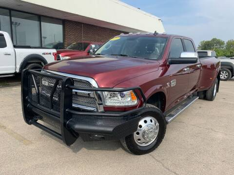 2017 RAM Ram Pickup 3500 for sale at Auto Mall of Springfield in Springfield IL