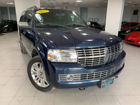 2013 Lincoln Navigator for sale at Auto Mall of Springfield in Springfield IL