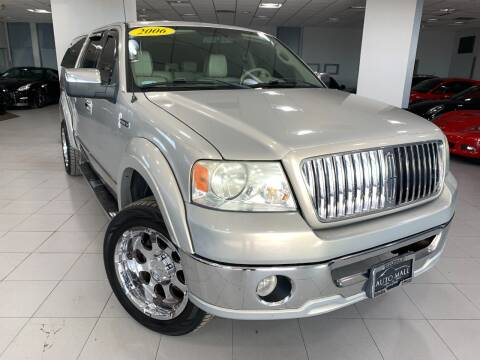 2006 Lincoln Mark LT for sale at Auto Mall of Springfield in Springfield IL