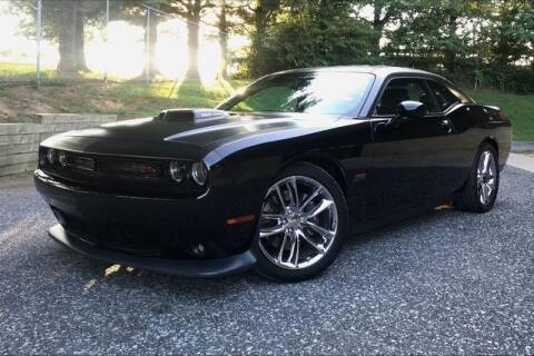 2015 Dodge Challenger for sale at TRUST AUTO in Sykesville MD