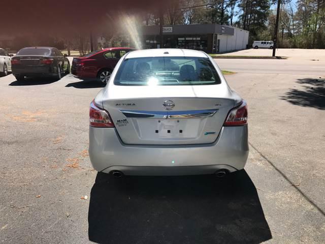 2013 Nissan Altima 2.5 SV 4dr Sedan - Wilson NC