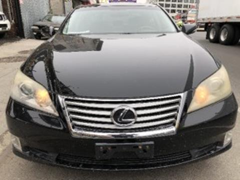 https://cdn04.carsforsale.com/3/682507/19298938/thumb/1045779788.jpg