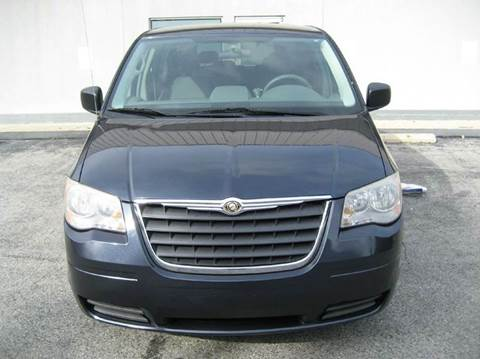 2008 Chrysler Town and Country for sale in Oxon Hill, MD