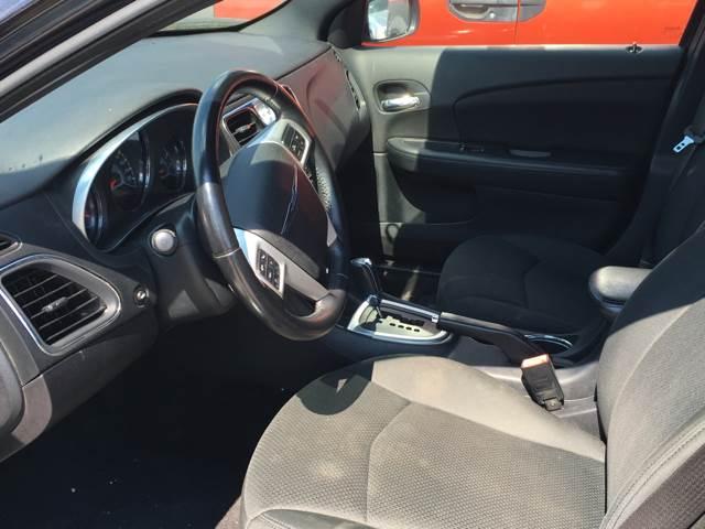 2011 Chrysler 200 Touring 4dr Sedan - Fort Worth TX