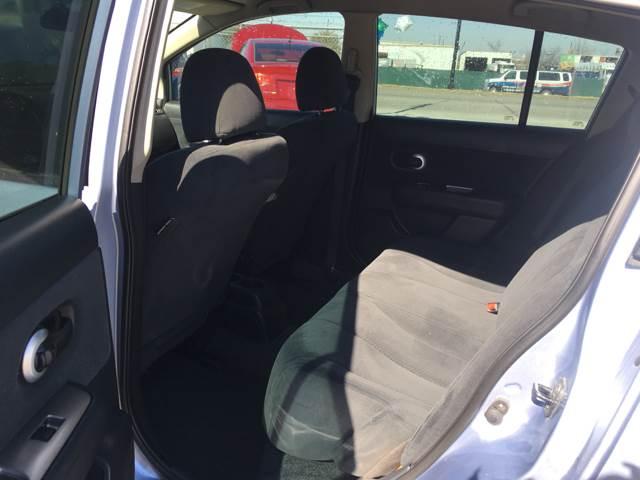 2010 Nissan Versa 1.8 SL 4dr Hatchback - Fort Worth TX