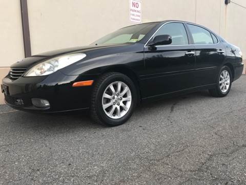 2002 Lexus ES 300 for sale at International Auto Sales in Hasbrouck Heights NJ