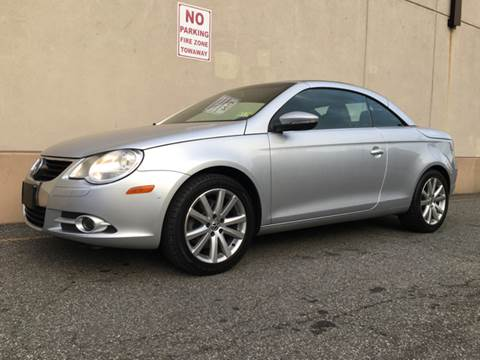 2009 Volkswagen Eos for sale at International Auto Sales in Hasbrouck Heights NJ