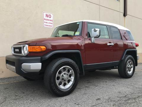 2011 Toyota FJ Cruiser for sale at International Auto Sales in Hasbrouck Heights NJ