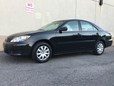 2006 Toyota Camry for sale at International Auto Sales in Hasbrouck Heights NJ