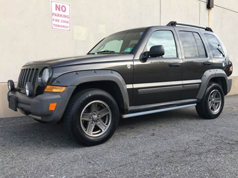 2005 Jeep Liberty for sale at International Auto Sales in Hasbrouck Heights NJ