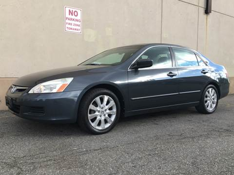2007 Honda Accord for sale at International Auto Sales in Hasbrouck Heights NJ