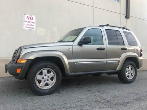 2006 Jeep Liberty for sale at International Auto Sales in Hasbrouck Heights NJ