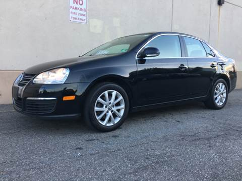 2010 Volkswagen Jetta for sale at International Auto Sales in Hasbrouck Heights NJ