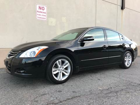 2010 Nissan Altima for sale at International Auto Sales in Hasbrouck Heights NJ