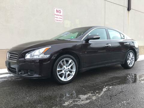 2010 Nissan Maxima for sale at International Auto Sales in Hasbrouck Heights NJ
