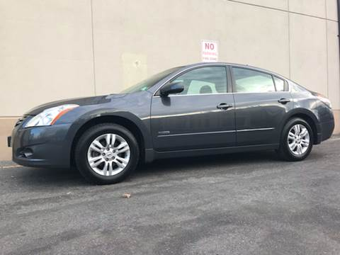 2010 Nissan Altima Hybrid for sale at International Auto Sales in Hasbrouck Heights NJ