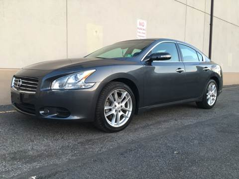 2011 Nissan Maxima for sale at International Auto Sales in Hasbrouck Heights NJ