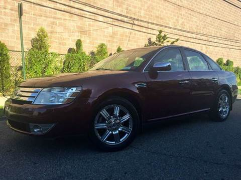 2008 Ford Taurus for sale at International Auto Sales in Hasbrouck Heights NJ