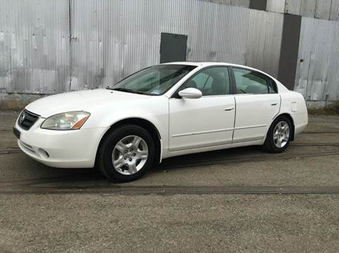 2003 Nissan Altima for sale at International Auto Sales in Hasbrouck Heights NJ