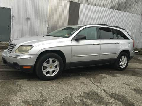 2004 Chrysler Pacifica for sale at International Auto Sales in Hasbrouck Heights NJ