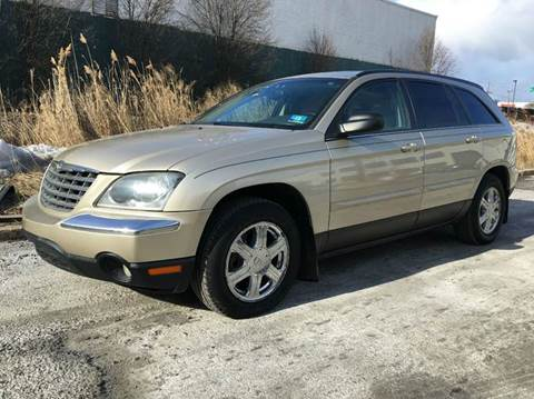 2005 Chrysler Pacifica for sale at International Auto Sales in Hasbrouck Heights NJ