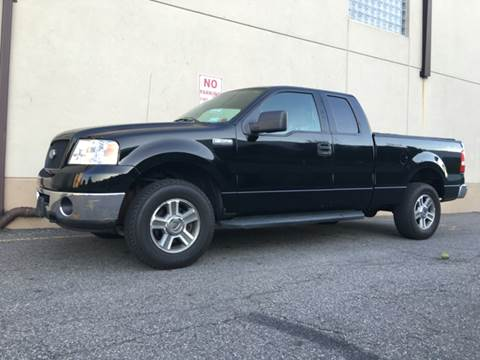 2006 Ford F-150 for sale at International Auto Sales in Hasbrouck Heights NJ