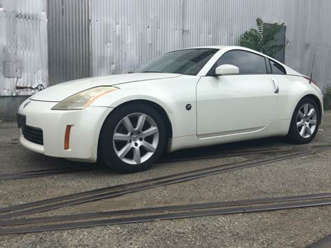 2003 Nissan 350Z for sale at International Auto Sales in Hasbrouck Heights NJ