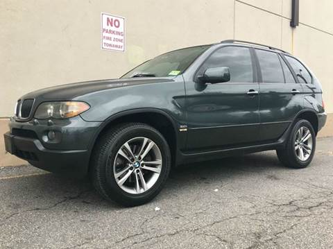 2004 BMW X5 for sale at International Auto Sales in Hasbrouck Heights NJ