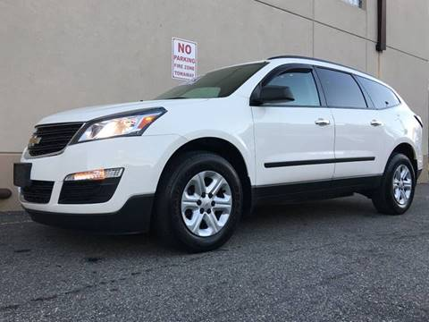 2013 Chevrolet Traverse for sale at International Auto Sales in Hasbrouck Heights NJ