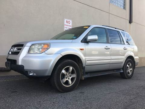 2006 Honda Pilot for sale at International Auto Sales in Hasbrouck Heights NJ
