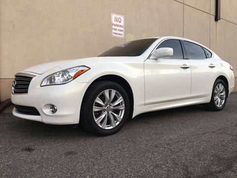 2011 Infiniti M37 for sale at International Auto Sales in Hasbrouck Heights NJ