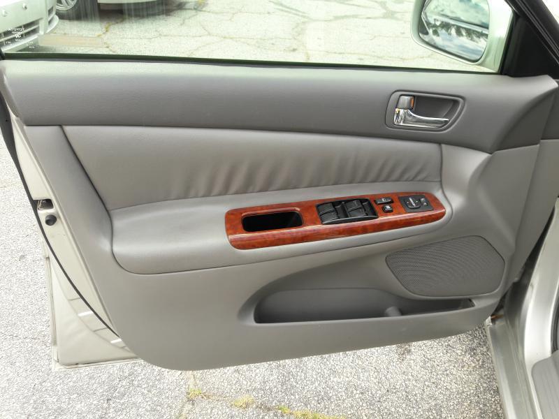 2004 Toyota Camry LE 4dr Sedan - Stone Mountain GA