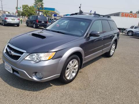 2009 Subaru Outback for sale at Showcase Luxury Cars II in Pinedale CA