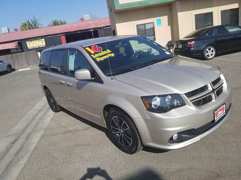 2016 Dodge Grand Caravan for sale at Showcase Luxury Cars II in Pinedale CA