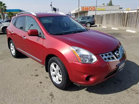 2011 Nissan Rogue for sale at Showcase Luxury Cars II in Pinedale CA