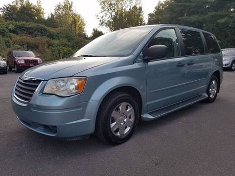 2008 Chrysler Town and Country for sale in Hooksett, NH