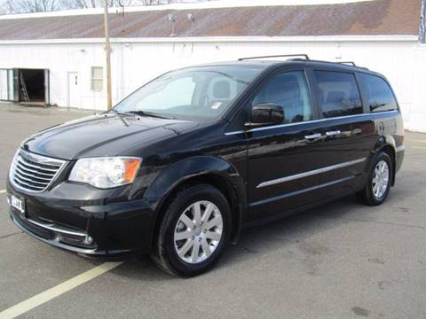 2015 Chrysler Town and Country for sale in Hooksett, NH