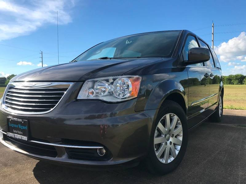 2016 Chrysler Town and Country for sale at Laguna Niguel in Rosenberg TX