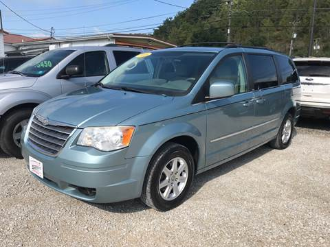2010 Chrysler Town and Country for sale in Lavalette, WV
